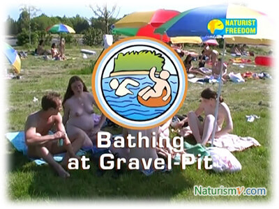 Купания на Гравийном Карьере / Bathing at Gravel-Pit (Naturist Freedom)